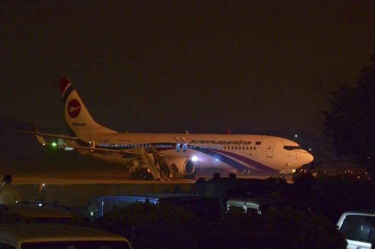 Озброєний чоловік захопив літак на Дубай зі 140 пасажирами