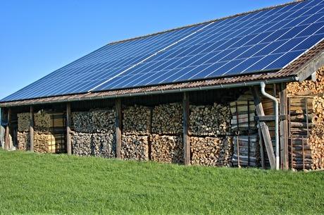 Відновлювана енергетика: всі «за», але дехто «проти»