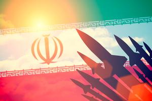 Іран запустив крилату ракету з підводного човна (ВІДЕО)