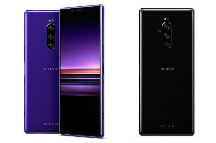 Sony представила смартфон з витягнутим екраном і технологією відстеження очей