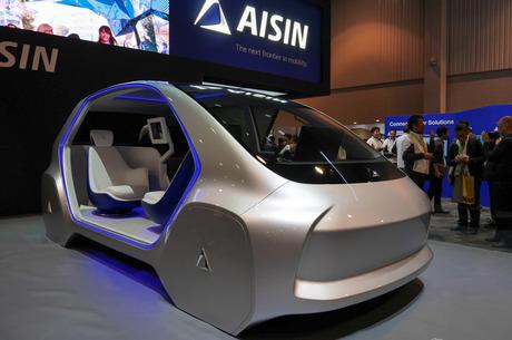Управлять по-новому: как автомобили становятся гаджетами