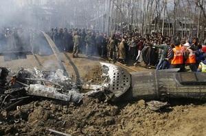 Пакистан збив два індійських літаки і обстріляв Кашмір