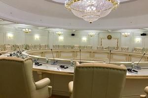 Українська делегація покинула засідання переговорної групи щодо Донбасу