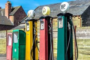 Як працює нелегальний ринок нафтопродуктів в Україні