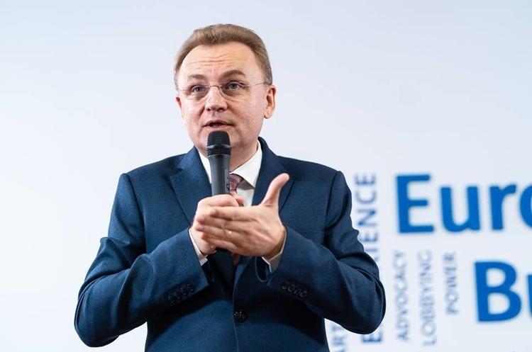 Садовий зняв свою кандидатуру на пост президента на користь Гриценка