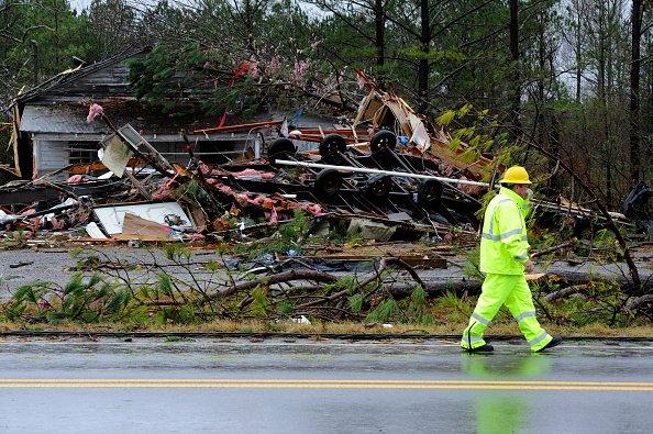 У США потужний торнадо забрав життя 23 людей і завдав тяжких руйнувань (ФОТО, ВІДЕО)