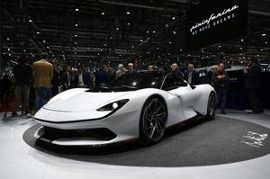 Від 350 км/год і вище: на Женевському автосалоні представили найшвидші електрокари у світі