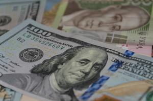 Курси валют на 11 березня:  очікується помірне зниження курсу долара до гривні