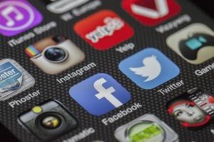 У роботі Facebook та Instagram виник збій по всьому світу