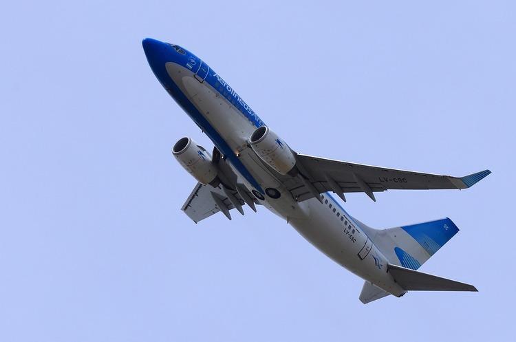 Boeing рекомендує призупинити використання своїх 737 Max, але певен у їх безпечності