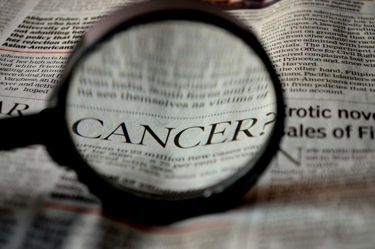 Українці створили речовину, яка робить ракові клітини видимими й допомагає їх убивати