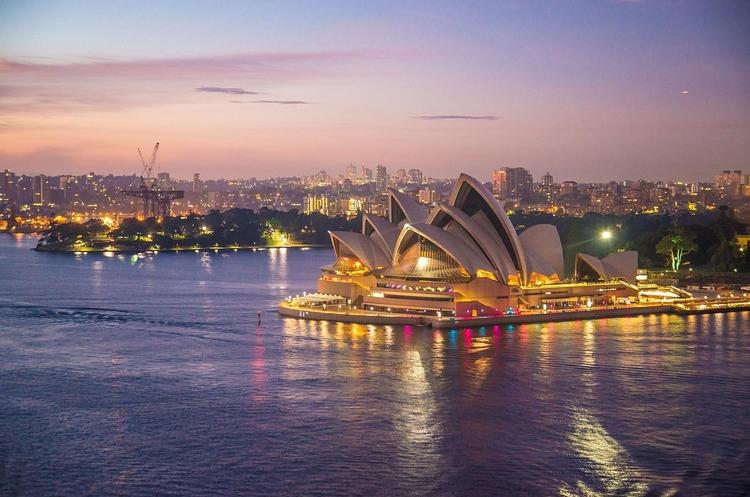 Австралія слідом за ЄС і США ввела санкції проти Росії через азовську кризу