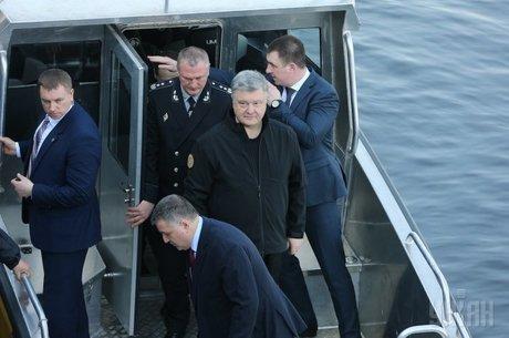 Кандидатська з економіки. Петро Порошенко, транспорт та інфраструктура