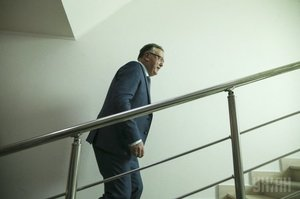 Кандидатська з економіки. Анатолій Гриценко, державні фінанси та податкова політика