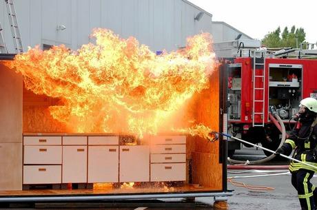 Без диму та вогню: чому українському бізнесу потрібен захист від пожеж