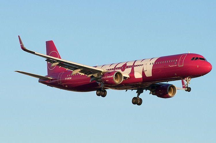 Авіаперевізник WOW Air оголосив про припинення польотів