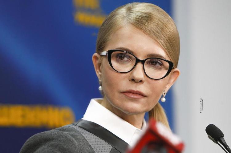 Тимошенко проголосувала на київському Подолі