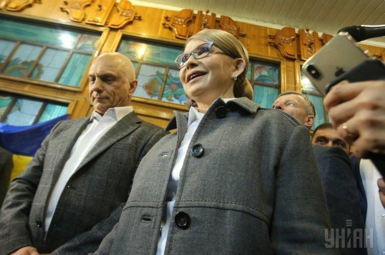 Тимошенко заявила, що не визнає даних екзит-полів і проходить до другого туру виборів