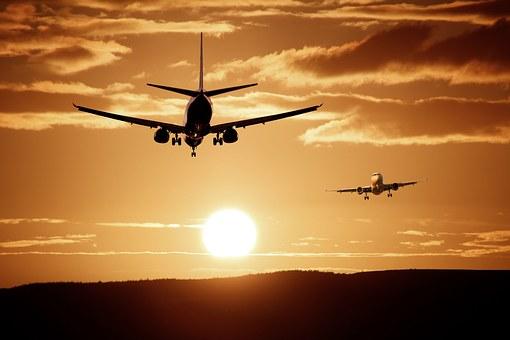 Україна заборонила нерегулярні польоти в Росію через Медведчука та Бойка
