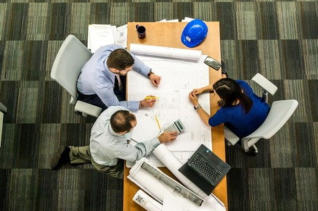 Не згоріти на роботі: що варто знати про страхування офісу