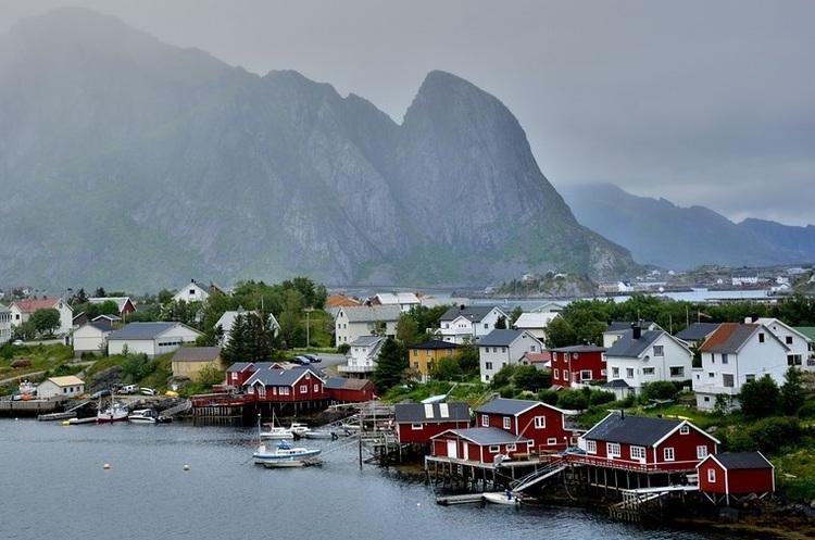 Норвегія відмовляється від мільярдів барелів нафти через екологію