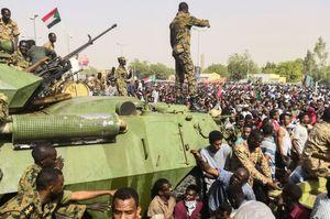 Хто виграв від військового перевороту в Судані