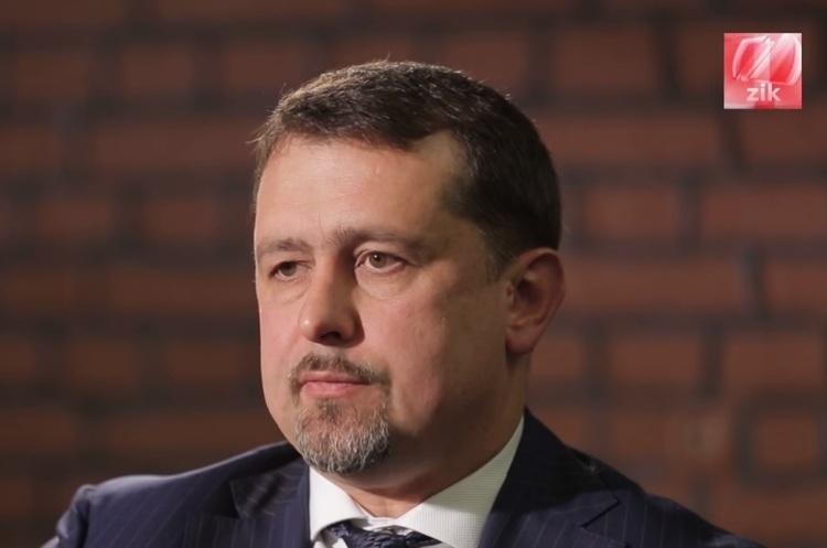 Оновлено: Порошенко звільнив першого замголови СЗР Семочка