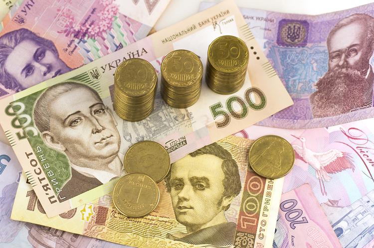 Курси валют на 15 квітня: очікується помірне зростання долара до гривні