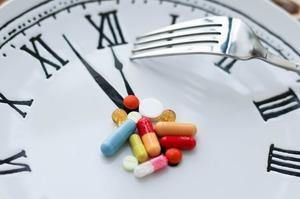 Інструкція до трудоголіка: навіщо людині додаткові вітаміни