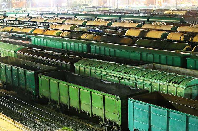 «Укрзалізниця» планує повністю перевести вантажні перевезення на ринкові ціни