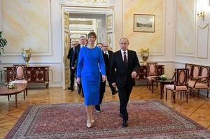 Литва висловила обурення через візит президентки Естонії до Путіна