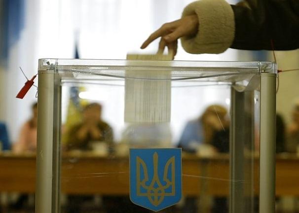 В Україні проходить другий тур президентських виборів – найважливіше