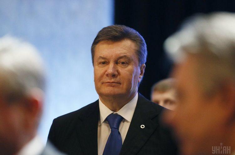 Янукович надіслав привітання Зеленському з перемогою на виборах