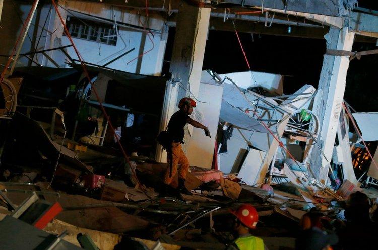 Філіппіни сколихнув сильний землетрус, десятки людей опинилися під завалами