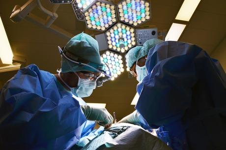 Пацієнт на експорт: до яких країн їдуть лікуватися українці