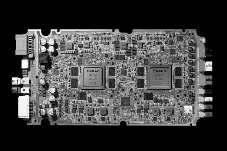 Tesla відмовиться від процесорів Nvidia на користь власних