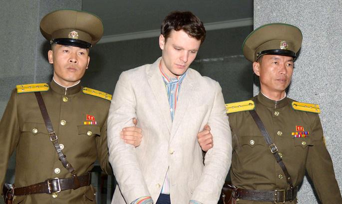 КНДР виставила рахунок у $2 млн за лікування американського студента, якого повернули до США у стані коми