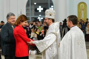 Порошенко востаннє привітав українців з Великоднем на посаді президента (ВІДЕО)