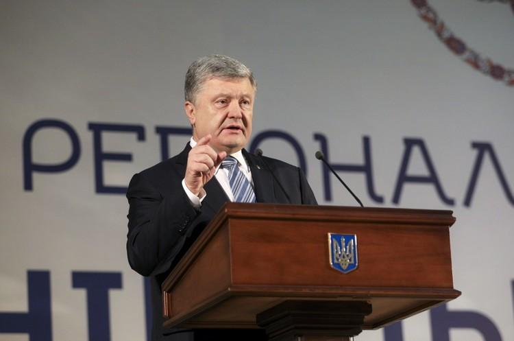 Порошенко та Зеленський обговорять шляхи протидії агресії РФ