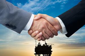 Уоррен Баффет вкладе $10 млрд в нафтову компанію Occidental