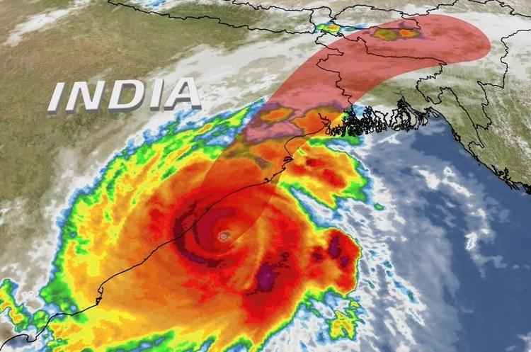 На Індію обрушився циклон Fani, вітер досягає 60 м/с, евакуйовано понад мільйон жителів