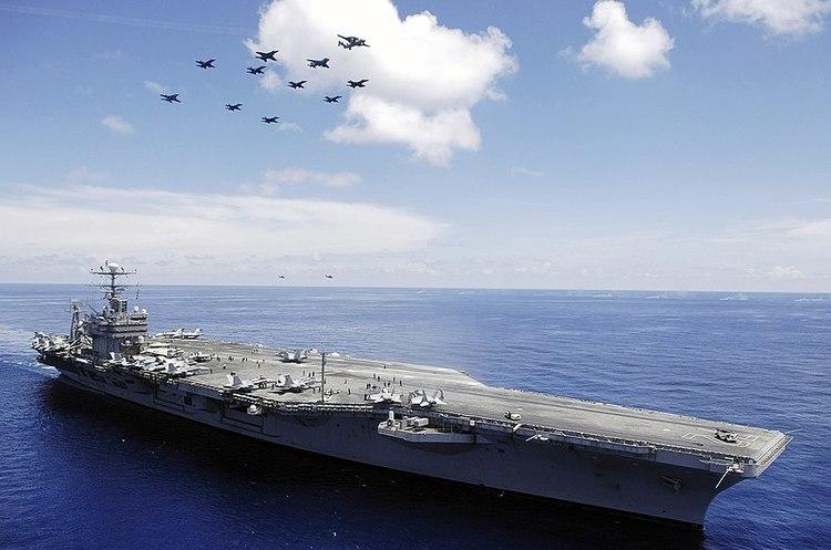 США направили авіаносець до берегів Ірану для «безкомпромісної відповіді»