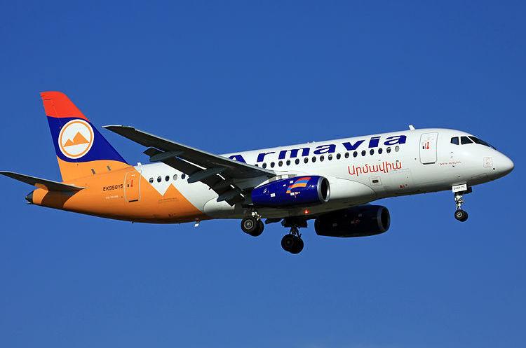 Мінтранс РФ наразі не вбачає причин для призупинення польотів SSJ 100