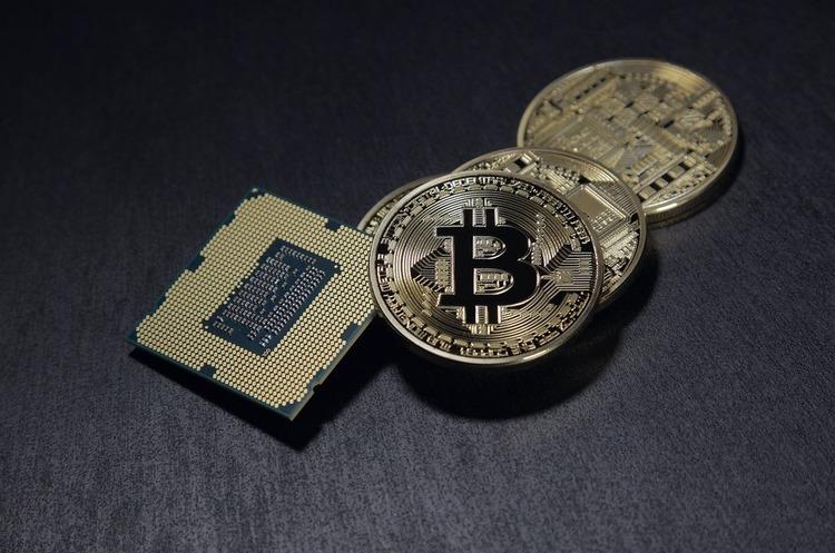 З криптобіржі Binance хакери викрали біткойнів на $40 млн