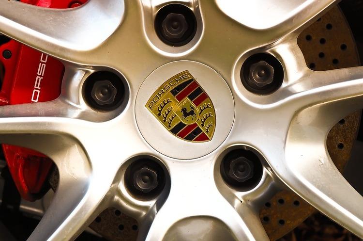 Porsche оштрафували на півмільярда євро через дизельний скандал