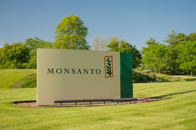 Прокуратура Франції почала розслідування проти хімічного гіганта Monsanto
