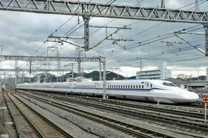 В Японії тестують найшвидший у світі поїзд, який розганяється до 360 км/год