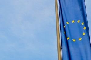 Понад 2,5 млн українців скористалися безвізом до ЄС – Порошенко