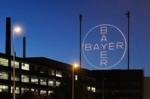 Суд зобов'язав Bayer сплатити понад $2 млрд подружжю, яке захворіло на рак