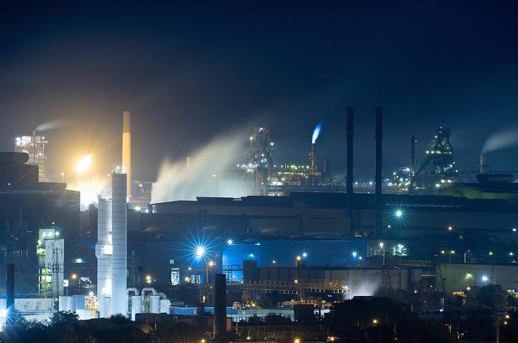 Заводи в Китаї нарощують закупки залізної руди, попри дуже високі ціни на неї